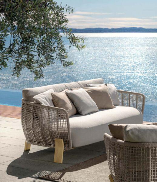 Argo Sofa Love Seat 0