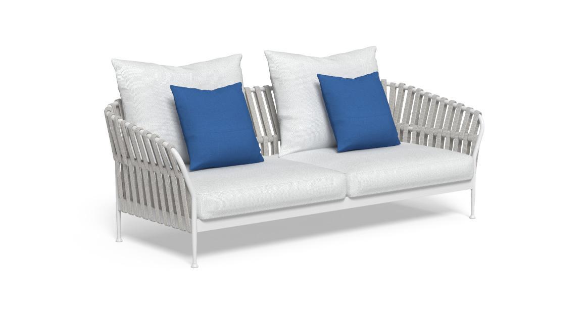 Frame 2-Sitzer-Sofa