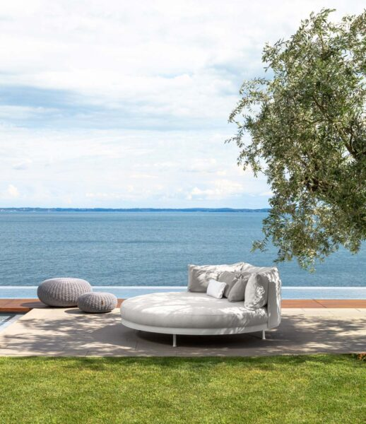 Slam Daybed 1
