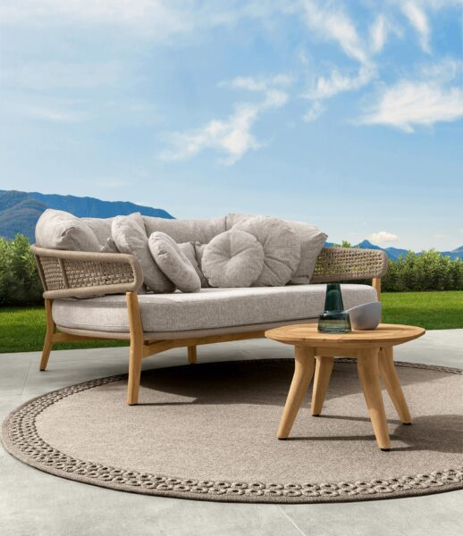 Moon//Teak Daybed 1